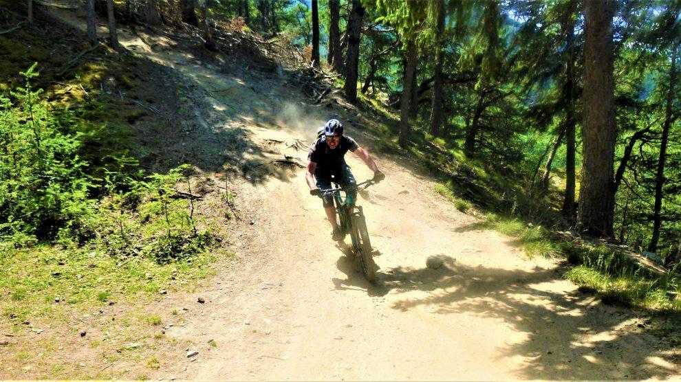 Holy Hansen Trail S2-